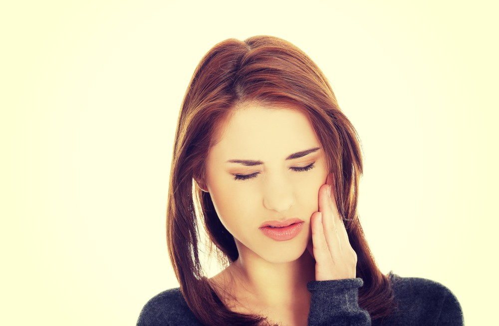 My Broken Tooth Is Cutting Tongue What Can I Do To Make It Feel Better Blog Sarasota Dentistry